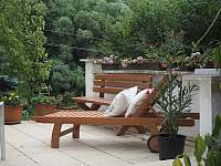 Zahradní terasa s posezením - Řicmanice