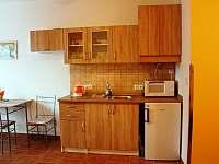 Kuchyň - apartmán ubytování Hlohovec