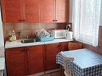 Kuchyň horní část chaty - Oslnovice - Chmelnice
