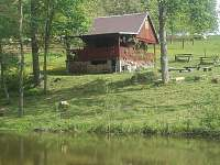 Chata u rybnika