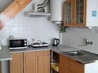 kuchyně - chata k pronajmutí Strachotín