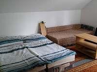 větší pokoj 2-4 osoby - pronájem chaty Strachotín