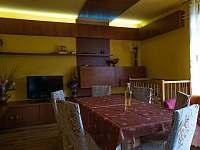 Obývací pokoj 3 - rekreační dům k pronájmu Klobouky u Brna