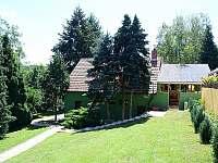 Přístup z velké zahrady - rekreační dům k pronajmutí Klobouky u Brna