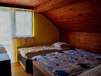 První pokoj - pronájem rekreačního domu Klobouky u Brna