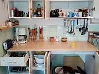 vybavení kuchyně - chata k pronajmutí Ruprechtov