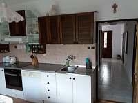Kuchyň - pronájem chalupy Chudčice