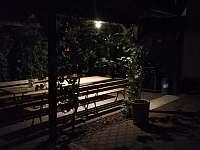 záhrada - posedenie