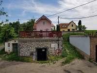 Chata k pronajmutí - okolí Lednice