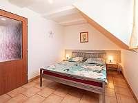 Dvoulůžkový pokoj v patře - Křepice