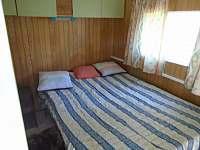 ložnice - chata k pronájmu Roštín
