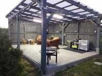 Osvětlená pergola - rekreační dům k pronajmutí Těšetice u Znojma