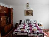 ložnice apartmán 1
