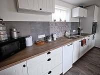 Kuchyň - rekreační dům k pronajmutí Prušánky