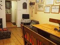 Společenská místnost s možností dvou přistýlek