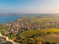 Pálava a vodní nádrž Nové Mlýny - apartmán k pronajmutí Milovice u Mikulova