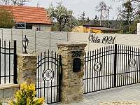 vjezd - vila ubytování Jevišovice