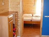 pohled z haly do ložnice 2