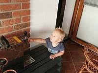 """""""Sklep Kostelec"""" - i děti si najdou zábavu :-)))) - chata k pronájmu"""