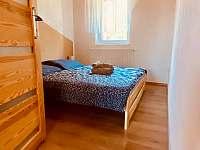 Kávová ložnice - apartmán k pronájmu Dolní Dunajovice