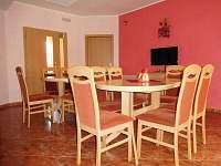 Společenská místnost - ubytování Hlohovec
