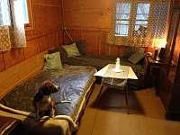 Obývací pokoj - chata k pronájmu Ochoz u Brna