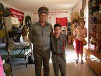velitel a dozorčí (dítě klienta)