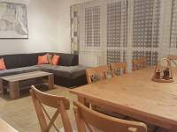 obývací pokoj - rekreační dům k pronájmu Nový Šaldorf