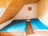 Malovaný dvůr - pokoj v patře/menší - apartmán k pronájmu Dolní Dunajovice