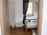 Ložnice 2 - pohled z chodby - Buchlovice