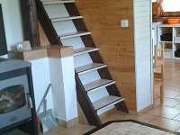 Obývací pokoj - schody do podkroví