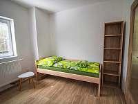 Apartmán V patře - k pronájmu Rusava