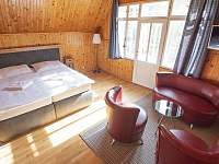 Ložnice v prvním patře - vila ubytování Rajnochovice