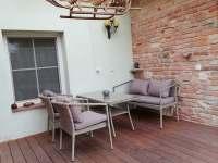 1. Posezení malé - apartmán ubytování Dolni Dunajovice