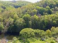 Výhled ze zahrady - pronájem chalupy Vranov nad Dyjí