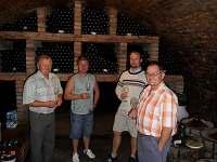 ochutnávka vín ve sklípku - Perná