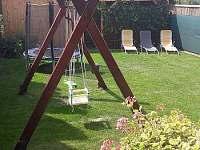 zahrada - ubytování Perná