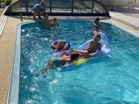 děti a voda - chata k pronájmu Provodov