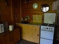 Kuchyňský kout - pronájem chaty Bítov
