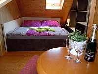 Ubytování Zlín - apartmány Vlčková - ložnice - k pronajmutí