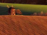 Větrný mlýn - pronájem chalupy Kunkovice