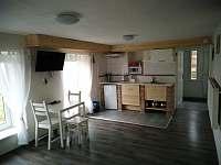 Lavánta - kuchyně - apartmán k pronájmu Pavlov