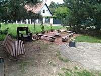 ohniště srpen 2021 - rekreační dům ubytování Bítov