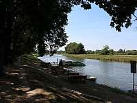 Řeka Morava - chata ubytování Veselí nad Moravou