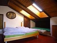 ložnice 1 - chalupa k pronajmutí Kuničky
