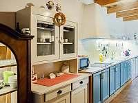 plně vybavená kuchyně - pronájem chalupy Nové Mlýny