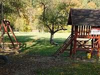Dětské hřiště u Občerstvení - Radějov