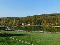 Vodní nádrž Lučina - rekreační středisko - roubenka k pronájmu Radějov
