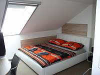 Pokoj 3 dvolůžko - latexové matrace - apartmán k pronájmu Prušánky