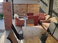 terasa - apartmán k pronajmutí Prušánky
